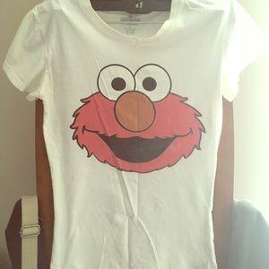 Tops - Sesame Street Elmo Tee